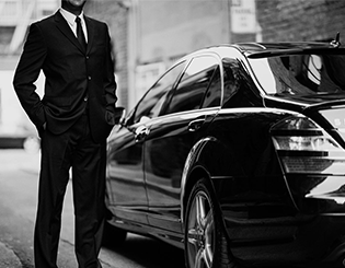 uber-versus-chauffeured-limo-service-los-angeles